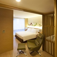 Отель Glow Pratunam Бангкок комната для гостей фото 4