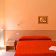 Отель Villa Riari сейф в номере