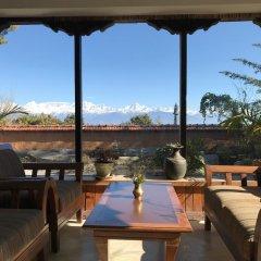 Отель The Fort Resort Непал, Нагаркот - отзывы, цены и фото номеров - забронировать отель The Fort Resort онлайн гостиничный бар