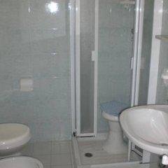 Hotel Arno Римини ванная