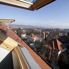 Апартаменты Spacious Treetop Apartment by easyBNB Прага балкон