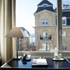 Hotel Opera Zurich в номере