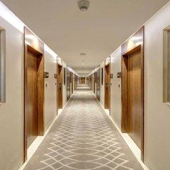 Отель Holiday Inn Kolkata Airport интерьер отеля