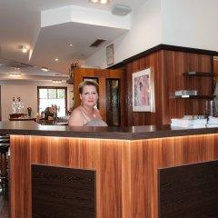 Отель Pension Konigs Cafe Австрия, Вена - отзывы, цены и фото номеров - забронировать отель Pension Konigs Cafe онлайн интерьер отеля фото 3