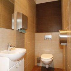Отель Boutique Hostel Польша, Лодзь - 1 отзыв об отеле, цены и фото номеров - забронировать отель Boutique Hostel онлайн ванная фото 2
