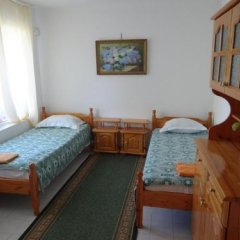 Отель Guest House Spiro Near Botanical Garden Балчик детские мероприятия