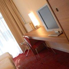 Отель Corbie Lommel Бельгия, Ломмел - отзывы, цены и фото номеров - забронировать отель Corbie Lommel онлайн удобства в номере