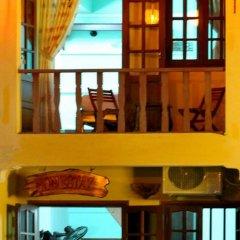 Отель Nha Lan Homestay Хойан балкон