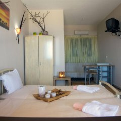 Отель Cavo Petra Греция, Метана - отзывы, цены и фото номеров - забронировать отель Cavo Petra онлайн комната для гостей фото 3