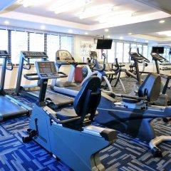 Отель Centre Point Sukhumvit 10 фитнесс-зал