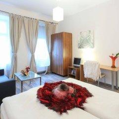 Апартаменты Queens Apartments Вена комната для гостей фото 5