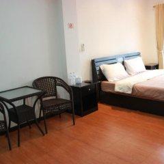 Апартаменты K&J Apartment Паттайя комната для гостей фото 5