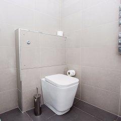 Отель Luxurious 4 Bedroom Flat by Baker Street Великобритания, Лондон - отзывы, цены и фото номеров - забронировать отель Luxurious 4 Bedroom Flat by Baker Street онлайн ванная фото 2