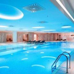 Гостиница Radisson Blu Resort Bukovel Украина, Буковель - 3 отзыва об отеле, цены и фото номеров - забронировать гостиницу Radisson Blu Resort Bukovel онлайн бассейн