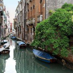 Отель Ca San Polo Италия, Венеция - отзывы, цены и фото номеров - забронировать отель Ca San Polo онлайн приотельная территория фото 2