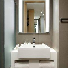 Отель L7 Myeongdong by LOTTE Южная Корея, Сеул - отзывы, цены и фото номеров - забронировать отель L7 Myeongdong by LOTTE онлайн ванная фото 2