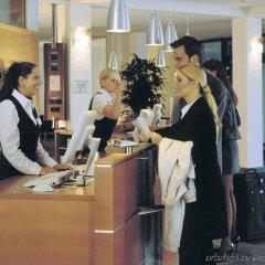 Отель Park Inn by Radisson Köln City West Германия, Кёльн - отзывы, цены и фото номеров - забронировать отель Park Inn by Radisson Köln City West онлайн интерьер отеля