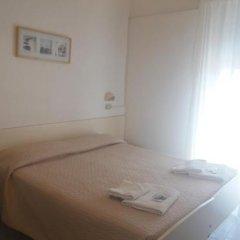 Hotel Baden Baden Римини комната для гостей