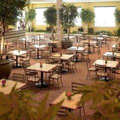 Отель Embassy Suites Fort Worth - Downtown питание