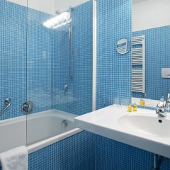 Отель JULIANE Меран ванная