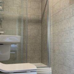 Отель The Kings Head ванная фото 2