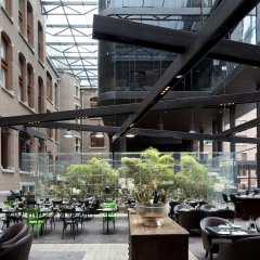 Conservatorium Hotel - The Leading Hotels of the World питание фото 3