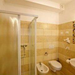 Отель La Brenta Vecchia Италия, Вигодарцере - отзывы, цены и фото номеров - забронировать отель La Brenta Vecchia онлайн ванная