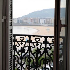 Апартаменты Stunning Views of Sea in Luxury Studio комната для гостей фото 4