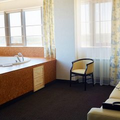 Гостиница Мелиот 4* Стандартный номер с двуспальной кроватью фото 18