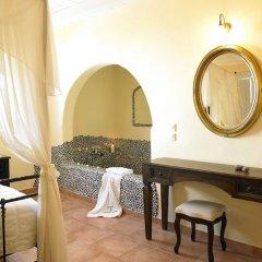 Отель Suites of the Gods Cave Spa удобства в номере