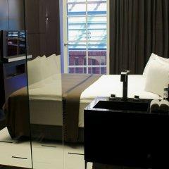 Отель Blow Up Hall 5050 Познань сейф в номере