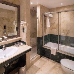 Отель Catalonia Born Барселона ванная фото 2