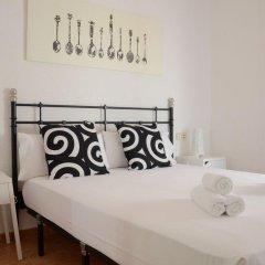 Апартаменты Beach Apartments Барселона комната для гостей фото 2