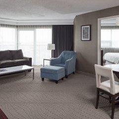 Отель Sheraton Cavalier Calgary Hotel Канада, Калгари - отзывы, цены и фото номеров - забронировать отель Sheraton Cavalier Calgary Hotel онлайн комната для гостей фото 5
