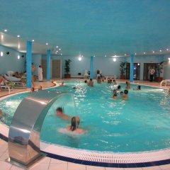 Отель Strazhite Hotel - Half Board Болгария, Банско - отзывы, цены и фото номеров - забронировать отель Strazhite Hotel - Half Board онлайн бассейн