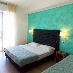 Hotel Ghirlandina Римини комната для гостей фото 5