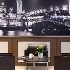 Отель Best Western Au Trocadero гостиничный бар фото 2