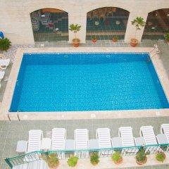 Отель Alanbat Hotel Иордания, Вади-Муса - отзывы, цены и фото номеров - забронировать отель Alanbat Hotel онлайн бассейн