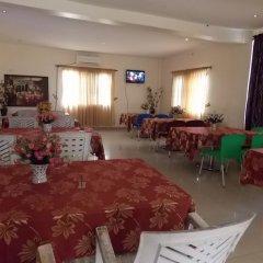 Mikagn Hotel and Suites Ибадан помещение для мероприятий