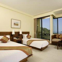 Отель Supalai Resort And Spa Phuket комната для гостей фото 2