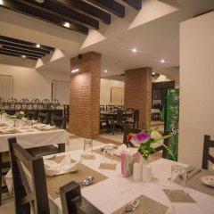 Отель Ananda Inn Непал, Лумбини - отзывы, цены и фото номеров - забронировать отель Ananda Inn онлайн питание фото 3