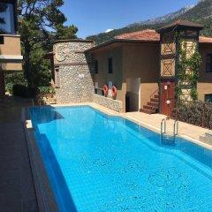 Belle Vue Hotel бассейн