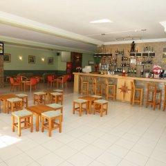 Отель Turim Estrela do Vau Hotel Португалия, Портимао - отзывы, цены и фото номеров - забронировать отель Turim Estrela do Vau Hotel онлайн гостиничный бар