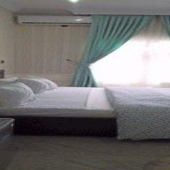 Отель Queen Idia Suites комната для гостей фото 2