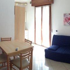 Отель Residence Yellow Римини комната для гостей фото 3