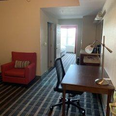 Отель Country Inn & Suites by Radisson, Lancaster (Amish Country), PA в номере фото 2