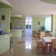 Отель Eden Болгария, Свети Влас - отзывы, цены и фото номеров - забронировать отель Eden онлайн интерьер отеля