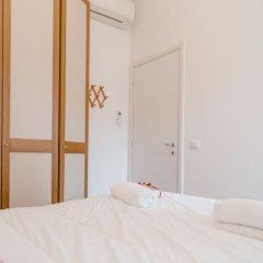 Отель Desiderio сейф в номере