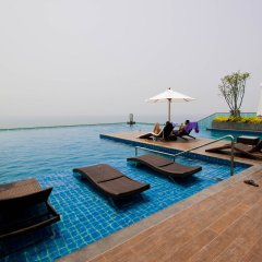 Отель Wongamat Tower by Pattaya Sunny Rentals Паттайя бассейн фото 2