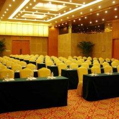 Отель Shanghai Airlines Travel Hotel Китай, Шанхай - 1 отзыв об отеле, цены и фото номеров - забронировать отель Shanghai Airlines Travel Hotel онлайн помещение для мероприятий фото 2